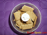 Biscuits in a blender