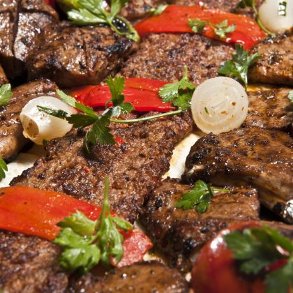 Steak, Peppers and Parsley Pesto Recipe