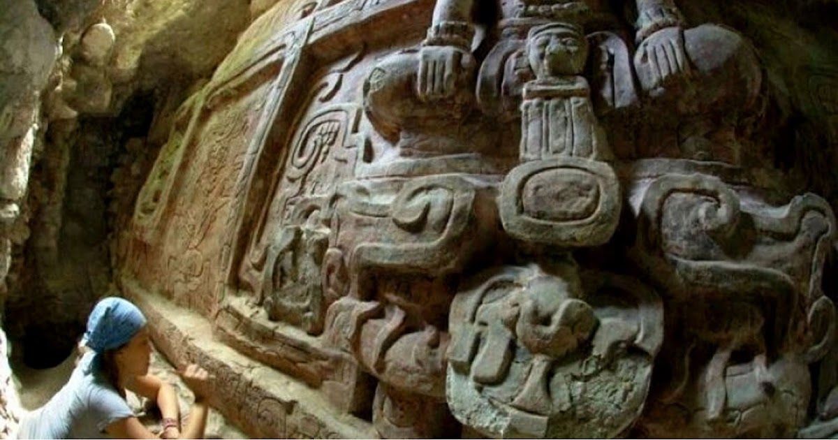 descubierta escultura maya historia
