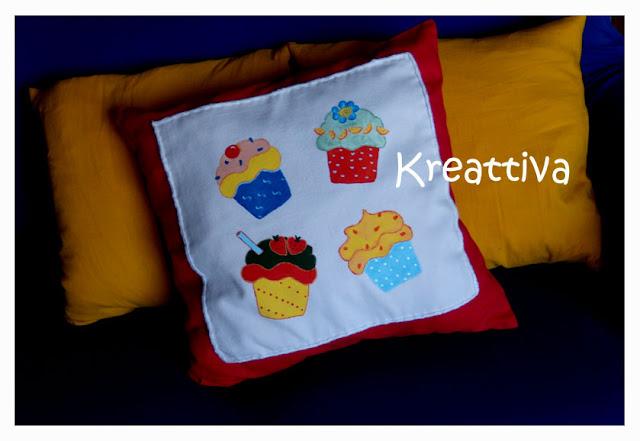 come personalizzare dei cuscini con cupcake free template