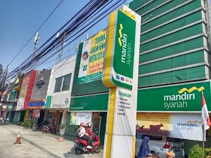 Masya Allah, Office Boy Bank Syariah Mandiri Ciputat Ikut Berkurban