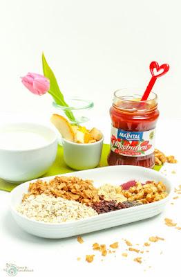 selbst gemischtes Granola für Frühlingsmüsli