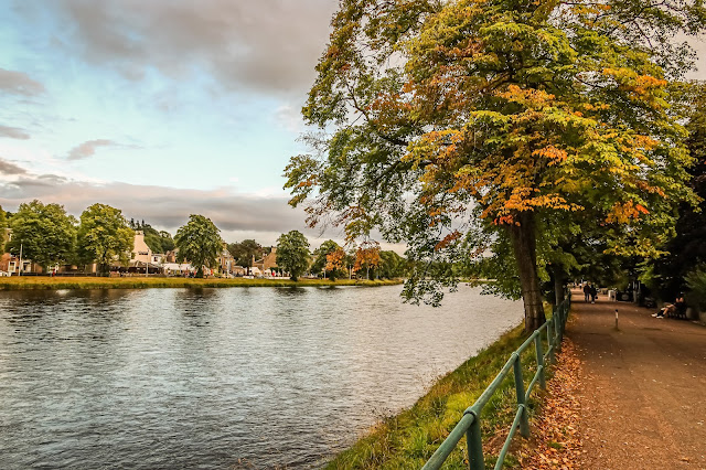 Autumn strikes in inverness, What the hell is 2020? mandy charlton photography blog, photographer, writer, blogger
