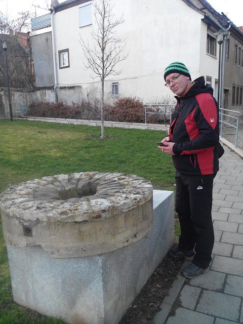 Axel Mispi am Mühlstein