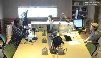 """Kim Shin Young, Jun Somi'nin """"Kore'nin Ariana Grande'si"""" olduğunu söyledi"""
