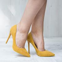 Pantofi dama Stiletto Chicoine galbeni cu toc subtire • modlet