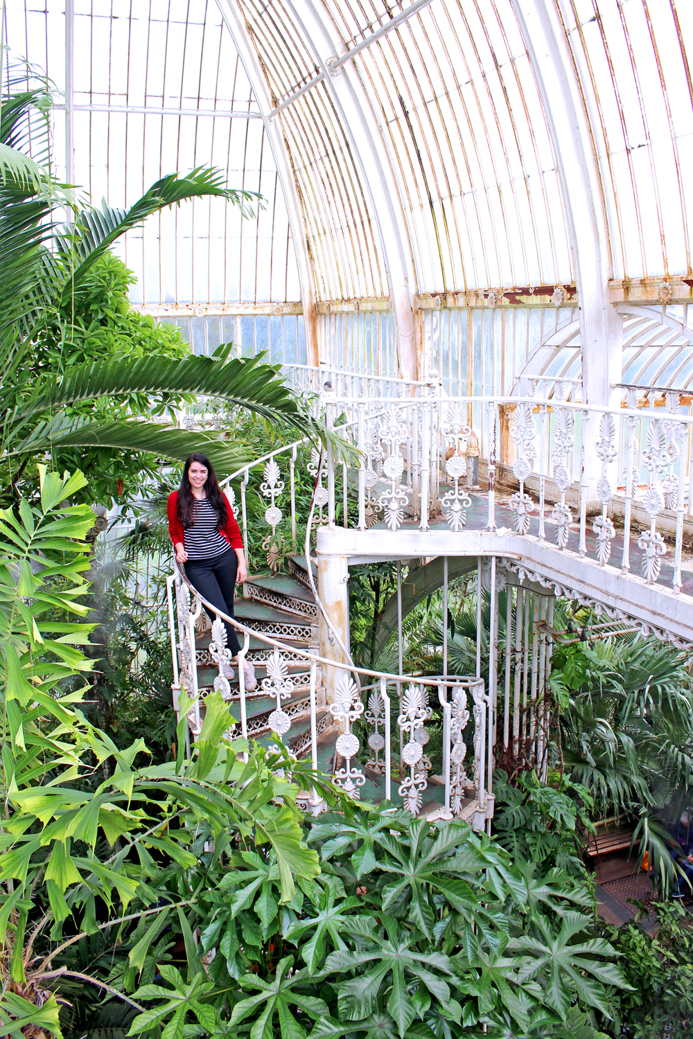 Glasshouse at Kew Gardens in Spring - London lifestyle blog