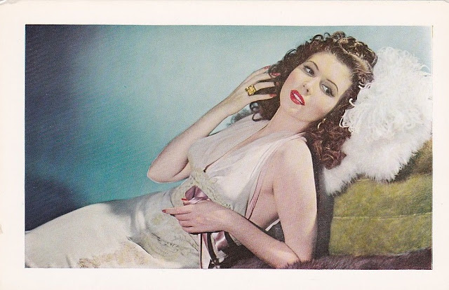 1943. Ann Miller - postcard
