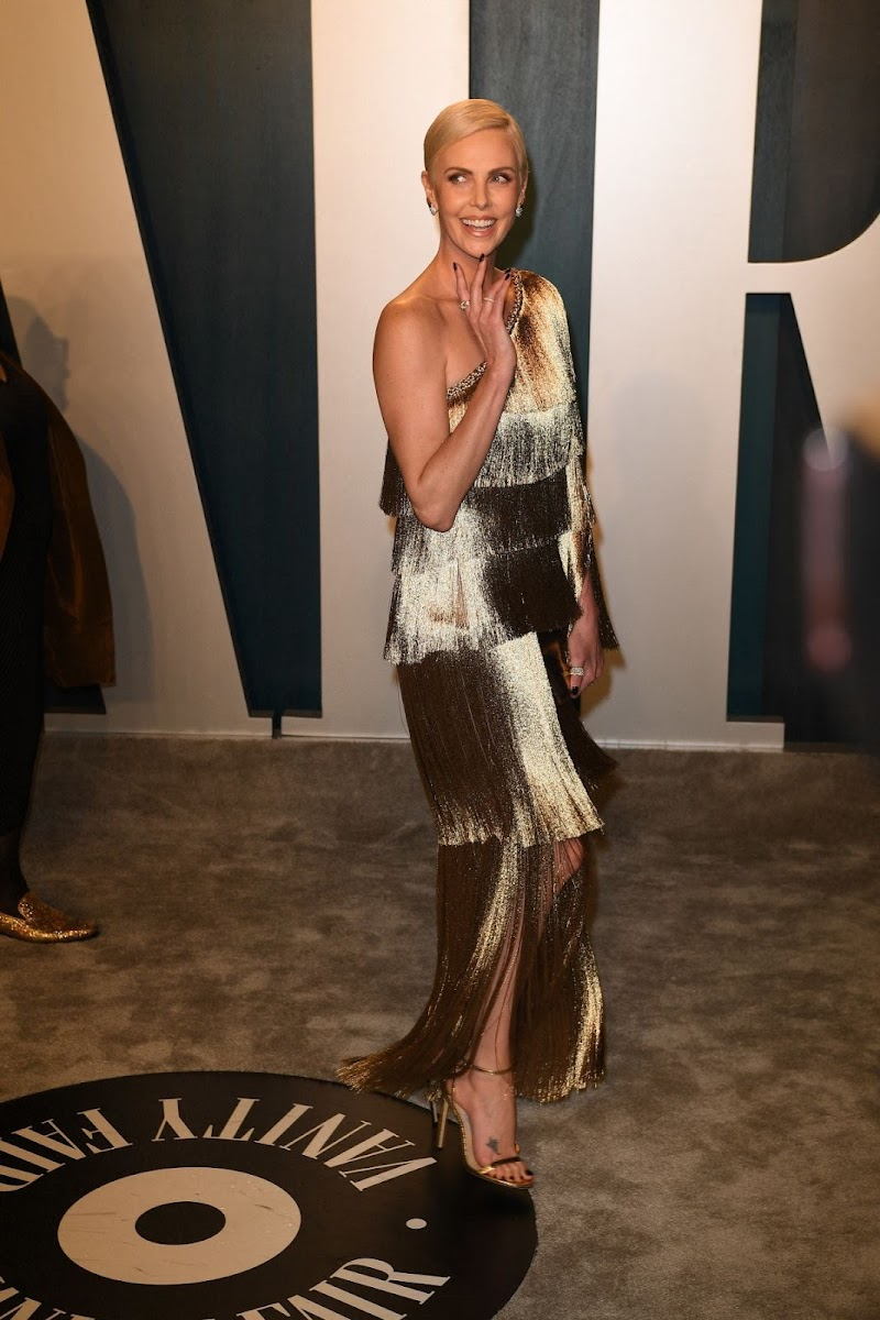 Charlize Theron Clicks at 2020 Vanity Fair Oscar Party in Beverly Hills 9 Feb - 2020