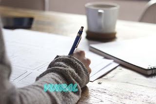 Hobi Menulis Dijadikan Sebagai Bisnis Untuk Menghasilkan Uang