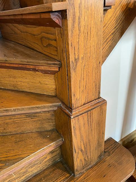 craftsman style oak newel and staircase Grafton Illinois coffee antiques shop Lightkeepers Coffee 101 E Main St Sears Vallonia