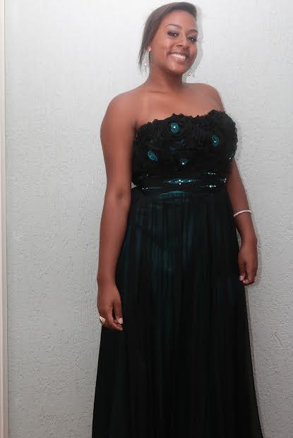 Vestido preto festa