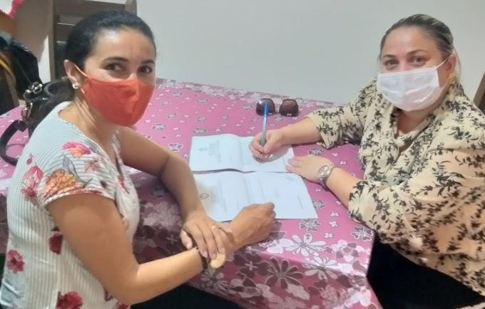 Vereadora Dorinha do Córrego conversa com a prefeita Cinthia Sonale e faz reivindicações