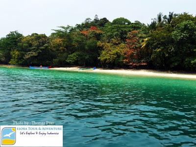 foto pantai pulau kelapa