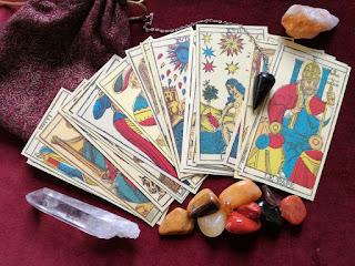 Tarot Cards, Crystals and Pendulum
