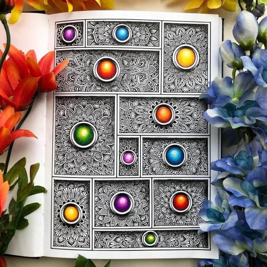 01-Mandalas-in-boxes-Merith-www-designstack-co