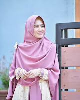 Alyssa Soebandono pemeran Rohmah atau Istri Mustakim
