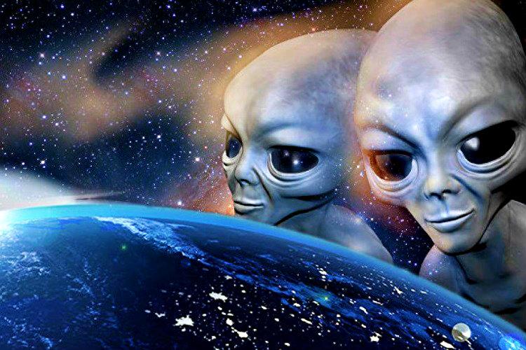 Uzaylıların varlığı matematiksel olarak mümkün gözüksede dünya dışı yaşama ait hiçbir iz yok.