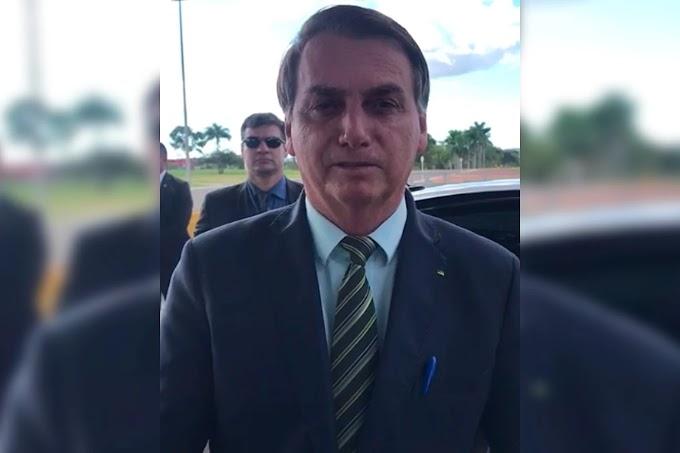 """Bolsonaro """"proclama"""" jejum nacional contra o coronavírus"""