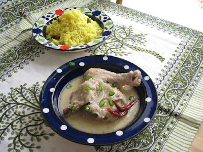 Chicken cooked with curd