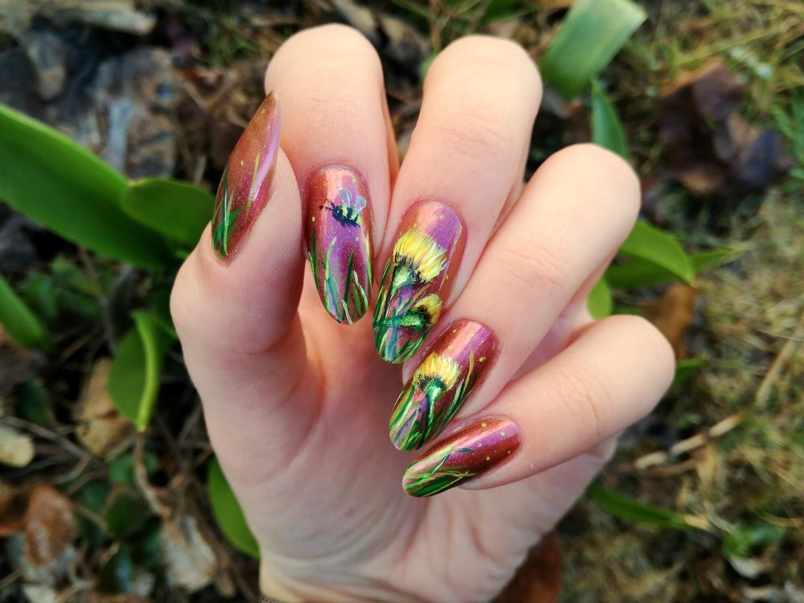 paznokcie z kwiatkiem