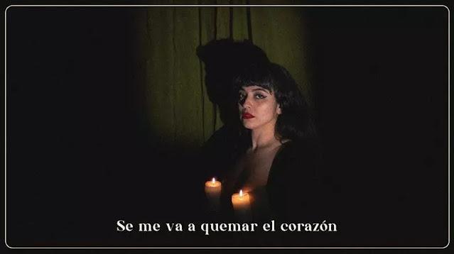 """""""Se me va a quemar el corazón"""" es lo nuevo de Mon Laferte"""