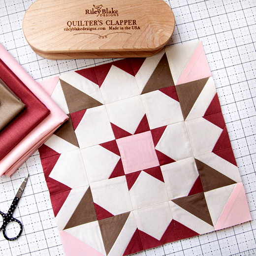 Shining Star Block designed by Bev McCullough of FlamingoToes for the 2nd week of the 2021 RBD Block Challenge by Riley Blake Designs