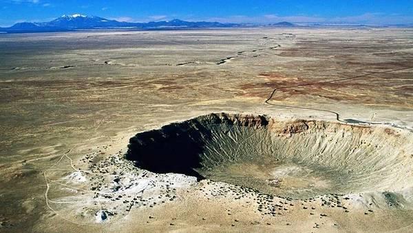 Determinan cuántos cráteres gigantes hay en la Tierra Crater-meteorito-norte-Arizona-httpmeteorcratercom_CLAIMA20150702_0228_28