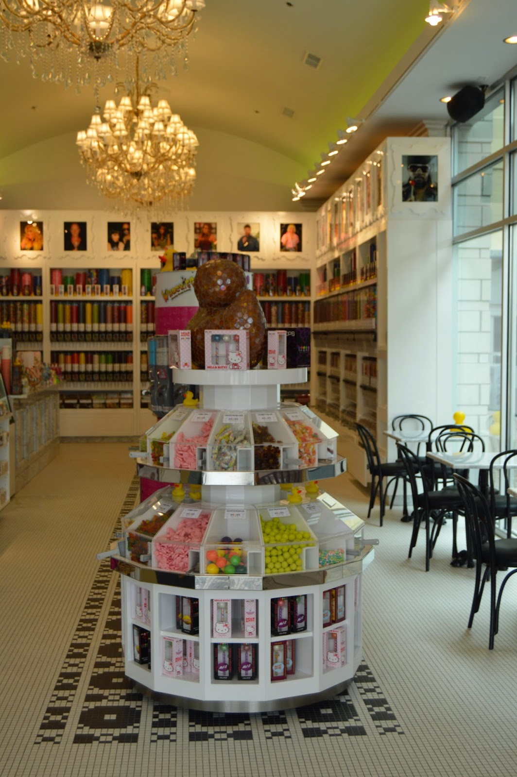 Sugar Factory American Brasserie Grand: Sugar Factory: Chicago's Sweet Spot