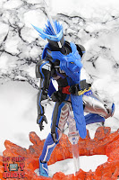 S.H. Figuarts Kamen Rider Blades Lion Senki 34