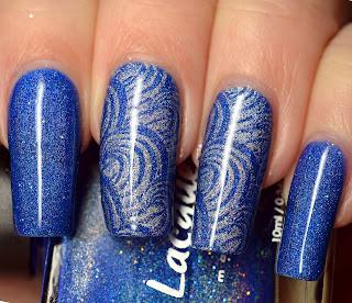 http://lenas-sofa.blogspot.de/2018/01/lacquester-bluetitude.html