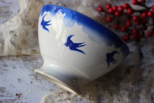 青いツバメのカフェオレボウル