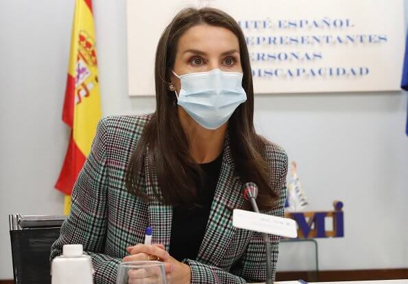 Sandro Tribu Jacket. Queen Letizia wore a houndstooth plaid single button blazer from Sandro, and pebbled leather loafers from Hugo Boss