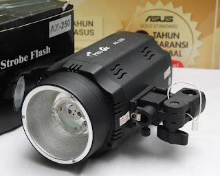 Lampu Studio Pro One AW250 bekas