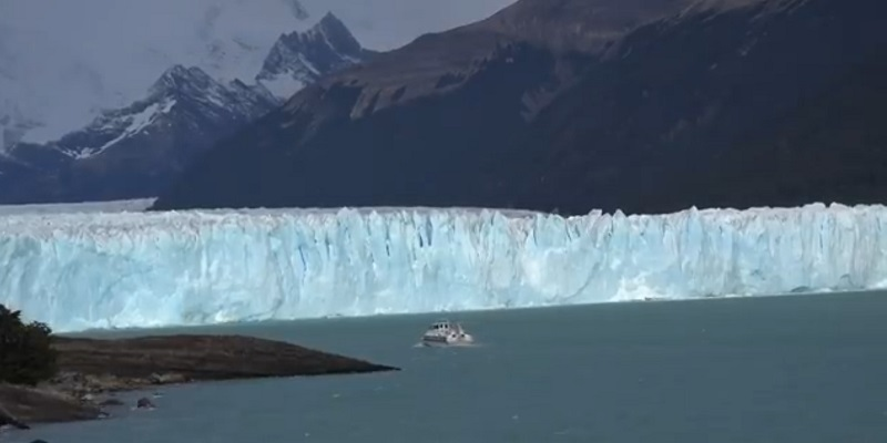 Los Glacieres National Park tourist places in south america