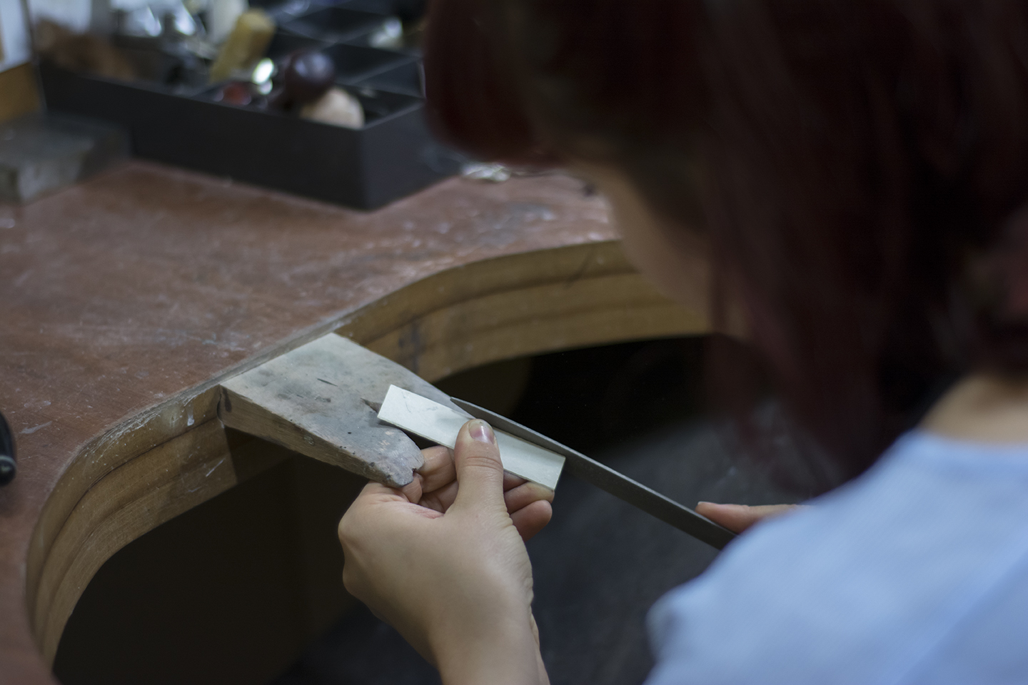 Libby Ward from fourMAKERS@no.5 at Middleport Pottery working at her studio   by Yasmin Qureshi Photography