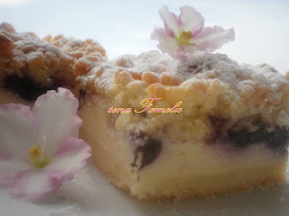 Crispy fruit pie