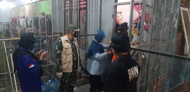 Laksanakan Razia Ruangan Lapas, Personel Jajaran Kodim 0208/Asahan Terjun Kelapangan Ikut Serta