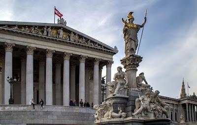 الجنسية النمساوية,مميزات الجواز النمساوي,الجواز النمساوي,النمسا,شروط الجنسية في النمسا,الاقامة,تكلفة الجنسية النمساوي,