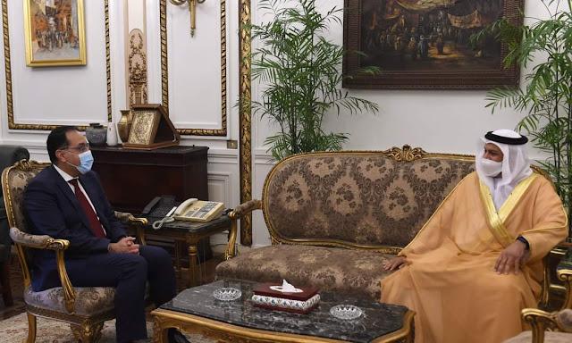 رئيس الوزراء يلتقي سفير دولة الإمارات العربية المتحدة لدى مصر