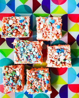 what claire did no bake mermaid traybake cake