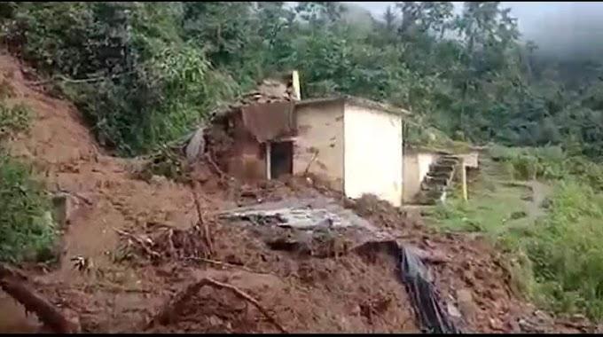 चमोली के कंसारी गांव में बादल फटने से मची तबाही जेई  की हुई मौत तीन लोग हुए घायल-देखें वीडियो में कैसी मची बादल फटने से तबाही