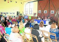 DIEGO MARTÍNEZ: La Chanca se vuelca en la presentación del libro sobre el barrio de Pepe Criado