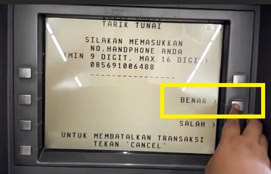 Mengunjungi ATM BCA Terdekat 4