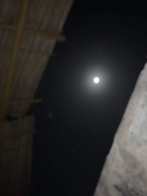Full moon in Hatta