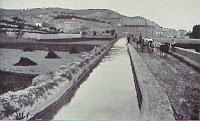 Regando los pies de Montjuïc (1906)