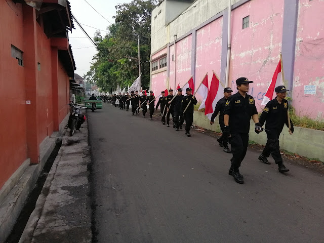Jalan Sehat, Ratusan Anggota JAS Kibarkan Bendera Tauhid