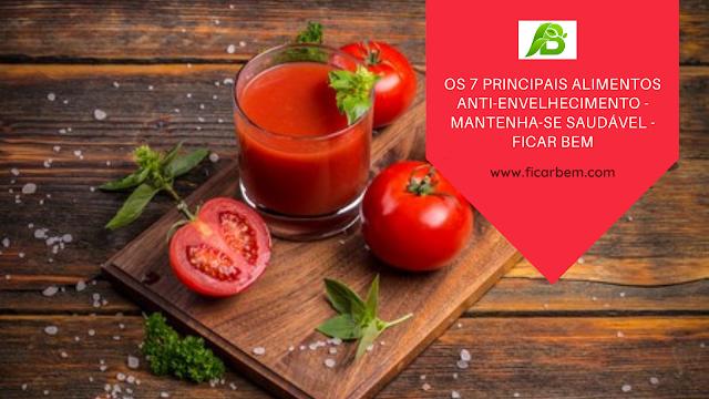 O tomate fornece vitamina ativando o colágeno