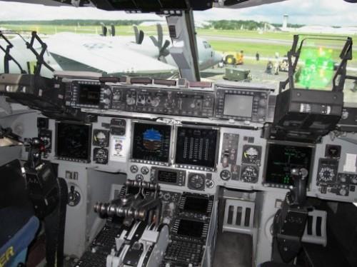 pesawat kargo