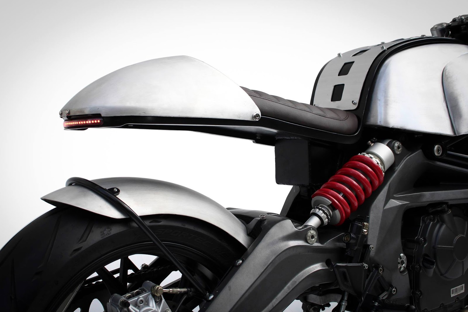 Buraq Benelli TNT 600i - RocketGarage - Cafe Racer Magazine